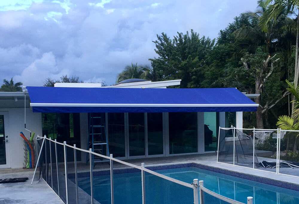 Retractable Awnings Miami, FL | B & G Awnings